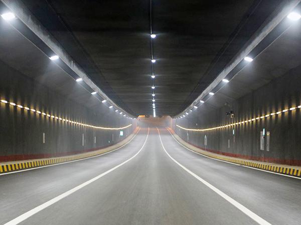 老虎山洞隧道